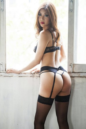 Young Oriental TS Escort Natalie Hung