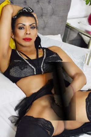 Threesome Transsexual Escort TS Luciana Kakacha