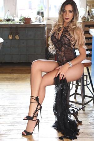 Blonde Tranny Escort Karol