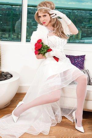 Transvestite Escort London Barbara Bride
