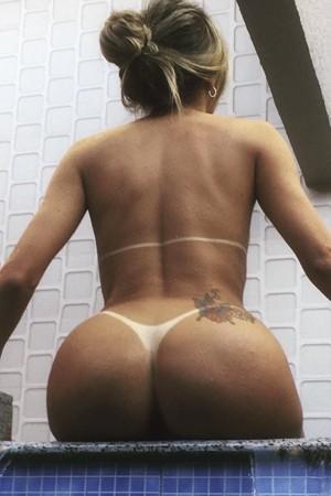 Elite Blonde Brazilian Transexual Escort Girl