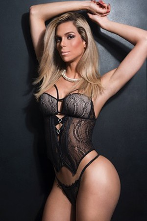Tall Italian Transsexual Escort Tayra